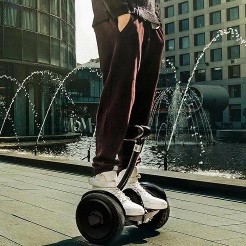 """小米 Ninebot Mini 平衡车 谁都能是""""老司机"""""""