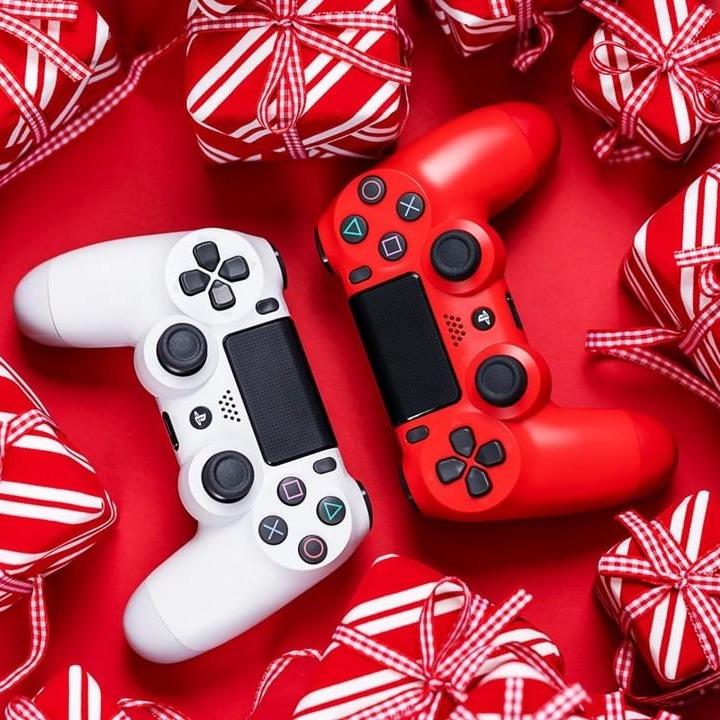 PlayStation 4 系列游戏机、游戏等热卖