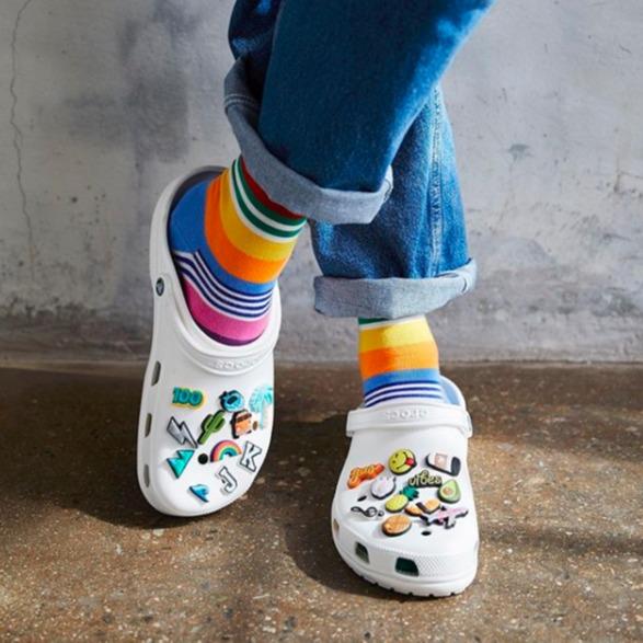 Crocs 全场休闲鞋履热卖 爆款洞洞鞋收起来